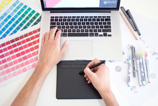 webdesigner grafikai tervezés, grafikus, színpaletta, színpszochológia